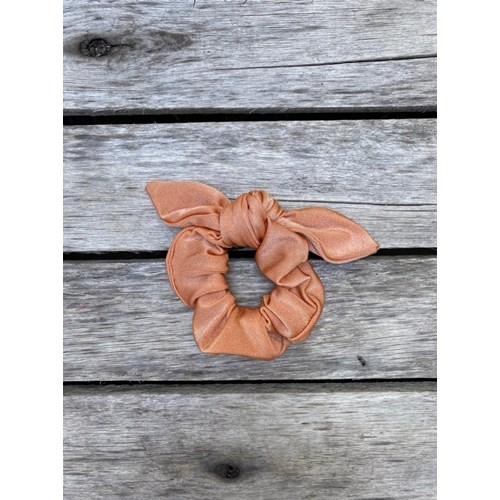 Scrunchie Trilobal Ouro Rosa